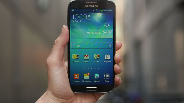 [Clone] Flash Stock Rom on Samsung galaxy Galaxy S4